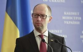 Яценюк пожаловался на Порощенко