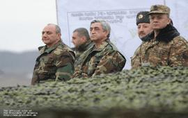 Президент Армении посетил Арцах