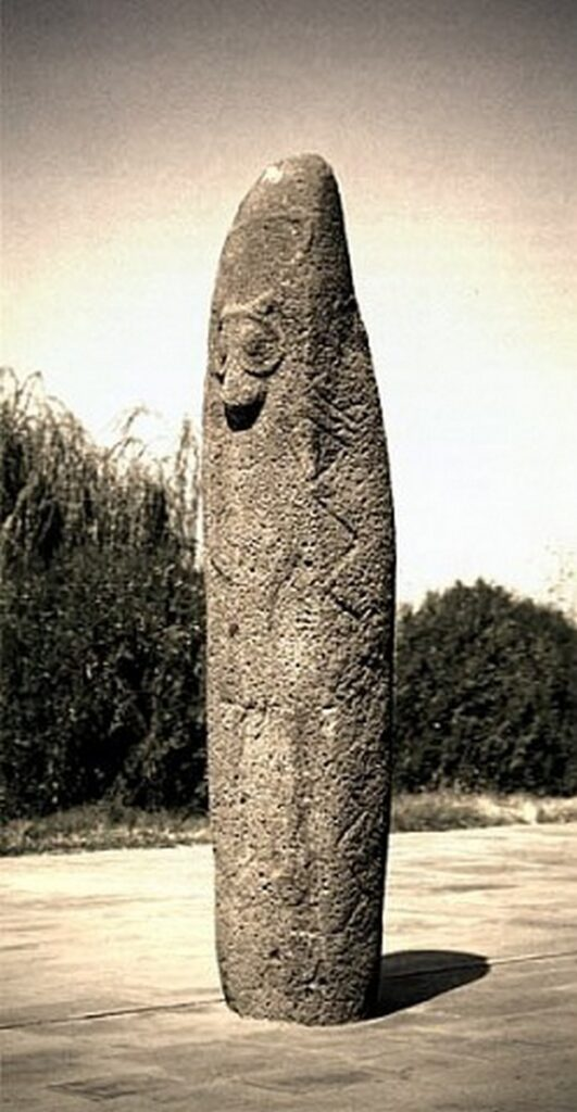 Вишапы - мифологические камни6