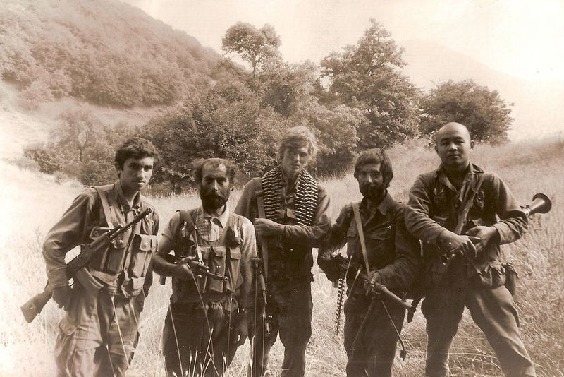 Бойцы Сил Самообороны НКР на передовой. Август 1992, Лачинский коридор