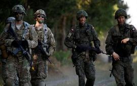 НАТО собирает войска на восточном фланге