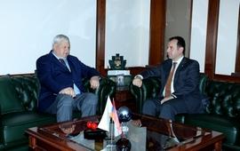 Глава МО Армении Каспршику: Азербайджан создает напряженность
