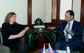 Армения и Великобритания сотрудничают