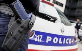 Французские полицейские имеют право стрелять