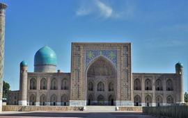 Узбекистан для развития туризма отменил въездные визы