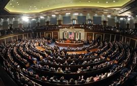Сенатооры призвали Трампа к жесткости