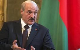 Белорусь отменила визы для 80 государств