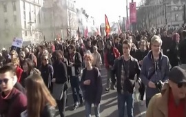 Акции против Марин Ле Пен