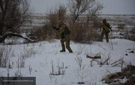 Хроника Донбасса: ВСУ бьют из артиллерии и танков