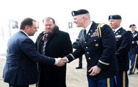 МО Армении и посол США в учебном центре