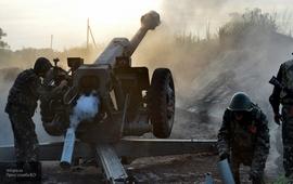 Хроника Донбасса: ВСУ стянули в ЛДНР танки