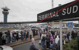 В аэропорту Парижа военные застрелили мужчину