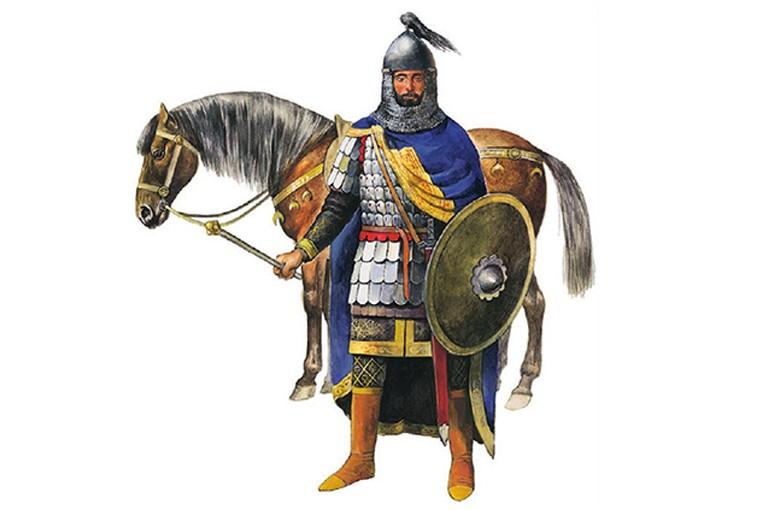 Когда прибывала ко двору армянская конница под началом у какого-либо знатного полководца, царь высылал навстречу мужа и спрашивал о благополучии мира в стране Армянской, и повторял это же дважды и трижды…