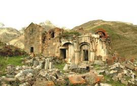 Монастырский комплекс Аратес - Армения