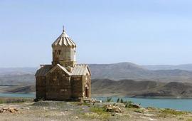 Озеро Капутан - Иран - Часовня Сурб Аствацацин
