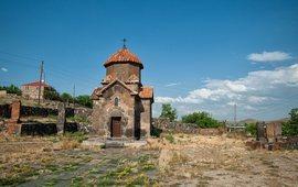 Церковь Сурб Аствацацин Кармравор