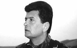 Леонид Азгалдян - Армией должны руководить