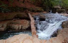 Древнейшие пещеры Ластивер