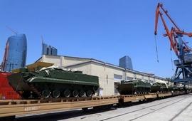 Сразу после отгрузки российской военной техники в Баку