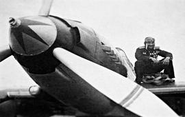 Его имя стало сигналом тревоги для немецких летчиков