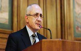 Д-р Акчам подтверждает намерение турок совершить геноцид