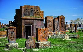 Хачкары в Норатус - Армения