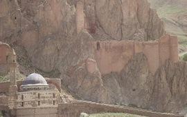 Аршак II - Возобновление борьбы с Ираном