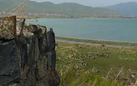 Армения - Лчашен - Повозка времени