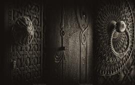 Древние армянские двери Сурена Манвеляна