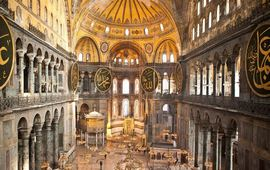 Турки традиционно уничтожают культурное наследие христиан
