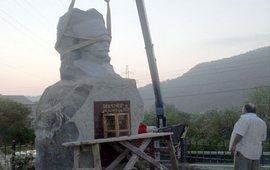 К годовщине демонтажа памятника Андранику Озаняну