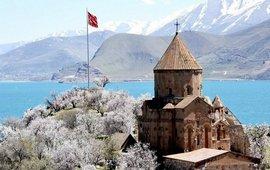В Турции заявляют, что Цекровь Сурб Хач турецкая