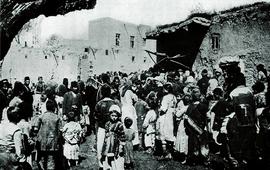 Фото армян Вана у хлебопекарни 1915 г.
