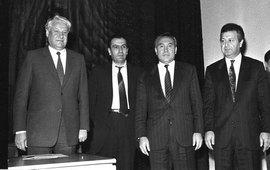 Удар по умирающей империи - ГКЧП 1991 г.