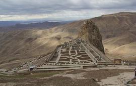 Азербайджан пытается присвоить армянскую крепость