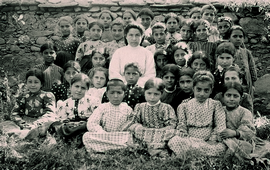 Последняя фотография детей приюта города Муш