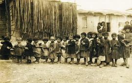 Фото армянских сирот