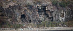 Жилище первобытного человека в Ереване