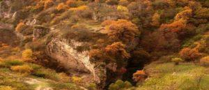 Древние пещеры Хндзореска
