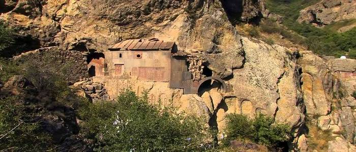 Армения — Живые камни
