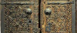 Дверь церкви Сурб Саргис