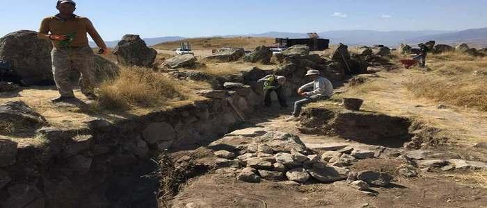 Древняя обсерватория Караундж оставлена