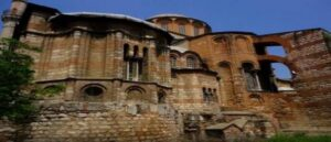 Превращение двух храмов византийской эпохи в мечети
