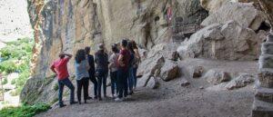 Древние пещеры в районе Вайоц Дзор
