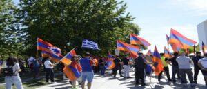Армяне проводят митинг в Берлине