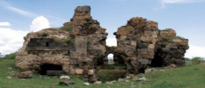 Армянские церкви Вана разрушаются