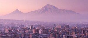 Армяне заслуживают прочного мира