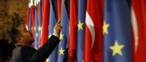 К марту Турции грозит продление санкций