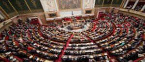 Национальное собрание Франции приняло резолюцию