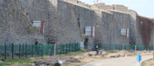 Стены Древнего Тигранакерта опасны для жизни